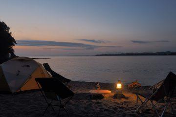 大人のためのビーチキャンプ
